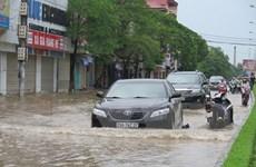 Cao Bằng: Quốc lộ 4 ngập sâu trong nước, giao thông tê liệt