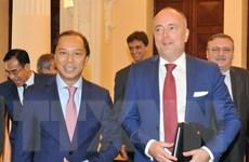Phó Quốc vụ khanh Bộ Ngoại giao Hungary thăm Việt Nam