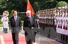 Chủ tịch nước Trần Đại Quang đón tiếp Tổng thống Iran Hassan Rouhani