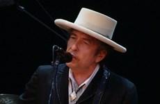 Nghe lại những ca khúc bất hủ của nhạc sỹ đoạt Nobel Bob Dylan