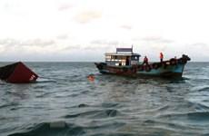 Tàu treo cờ Việt Nam va chạm tàu Indonesia, 15 người mất tích