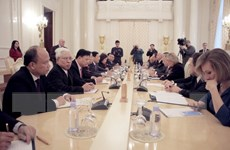 Phó Thủ tướng Phạm Bình Minh hội đàm với Bộ trưởng Ngoại giao Nga