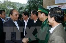 Thủ tướng thăm Cảng Đà Nẵng và Trung tâm cứu nạn hàng hải Khu vực II