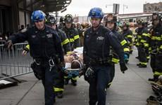 Số nạn nhân trong vụ lật tàu hỏa tại Mỹ tiếp tục tăng