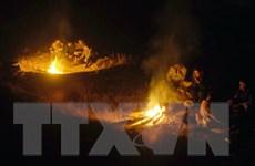 """Châu Âu """"ngạt thở"""" trong khói vì người dân đốt than sưởi ấm"""