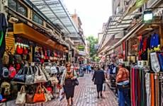 Phần lớn người dân Hy Lạp vẫn muốn ở lại Eurozone