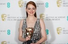 """""""La La Land"""" giành 5 giải thưởng tại """"Oscar nước Anh"""""""