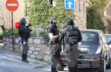 Biểu tình sau vụ cảnh sát Pháp bắn chết một người Trung Quốc