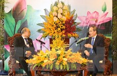Bí thư Thành ủy TP.HCM tiếp Chủ tịch Thượng viện Myanmar