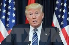 Tổng thống Mỹ trao đổi số điện thoại di động gây quan ngại về an ninh