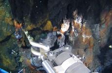 """""""Quái thú lặn sâu"""" Trung Quốc hoạt động ở rãnh biển sâu nhất trái đất"""