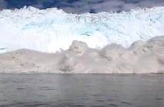 Sóng thần ập vào bờ biển Greenland làm 4 người mất tích