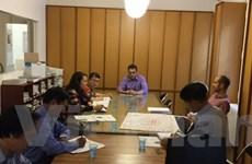 Đoàn Ban Tuyên giáo TW trao đổi công tác quản lý báo chí ở Pháp
