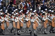 Tổng thống Trump cùng 190 binh sĩ Mỹ dự diễu binh mừng Quốc khánh Pháp
