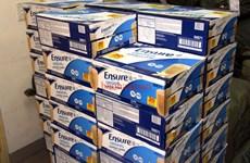 Cán bộ hải quan bị bắt giữ vì liên quan đến nhập lậu sữa Ensure