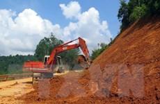 Điện Biên: Mưa lớn khiến Quốc lộ 12 và 4H sạt lở, nguy cơ bị chia cắt