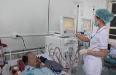 Bệnh viện đa khoa thành phố Hòa Bình tiếp nhận 12 máy chạy thận