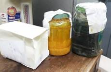 Phát hiện pha trộn xăng nguyên chất với dung môi tại Nghệ An