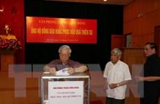 Lãnh đạo Đảng, Nhà nước quyên góp ủng hộ người dân vùng lũ