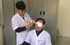 Điều tra vụ một bác sỹ bị hành hung khi đang cấp cứu bệnh nhân