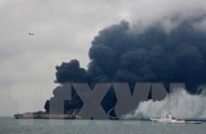 Tàu chở dầu của Iran có thể cháy nhiều ngày trên biển Hoa Đông