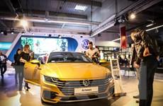 Doanh số bán ôtô ở châu Âu lần đầu vượt ngưỡng 15 triệu chiếc