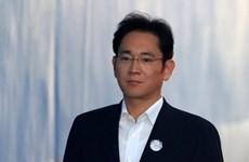 Phó Chủ tịch Tập đoàn Samsung được trả tự do với án tù treo