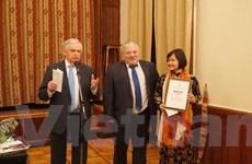 Nữ dịch giả Việt Nam nhận được giải thưởng văn học dịch Nga