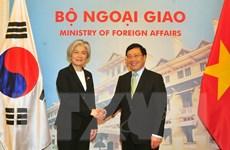 Việt Nam hoan nghênh Hàn Quốc tham gia đầu tư vào các dự án lớn