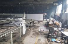 Khẩn trương điều tra nguyên nhân gây cháy tại công ty Vina Korea
