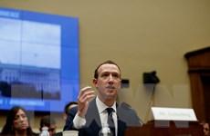 Giám đốc điều hành Zuckerberg bảo vệ mô hình kinh doanh của Facebook