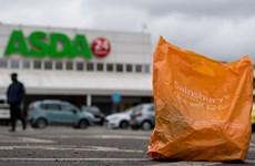 """Thỏa thuận """"bom tấn"""" của ngành bán lẻ Anh giữa Sainsbury's và Asda"""