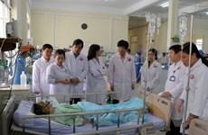 Đại diện Bộ Y tế thăm hỏi bệnh nhân vụ tai nạn tại Lâm Đồng