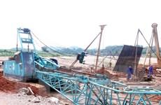 Tuyên Quang: Sập cần cẩu khi đang thi công làm 2 người thiệt mạng