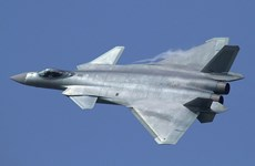 Trung Quốc lần đầu tiên đưa máy bay chiến đấu J-20 tham gia tập trận