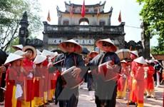 Hàng vạn người đội nắng xem hội trận - nghi lễ chính của hội Gióng