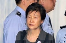 Cựu Tổng thống Park Geun-hye bị yêu cầu mức án 12 năm tù