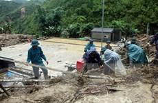 Hội Chữ thập Đỏ Việt Nam hỗ trợ người dân bị ảnh hưởng mưa lũ