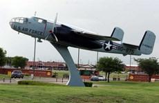 Mỹ dùng 2 căn cứ ở Texas để làm nơi ở cho người nhập cư