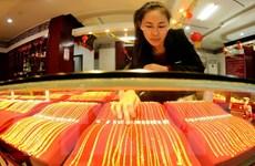 Giá vàng châu Á ở mức thấp nhất trong hơn sáu tháng