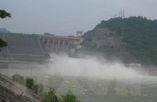 Thủy điện Hòa Bình xả cửa đáy số 3 và diễn tập xả lũ khẩn cấp