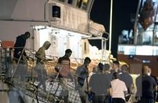 Italy kiên quyết từ chối tiếp nhận người di cư giải cứu trên biển