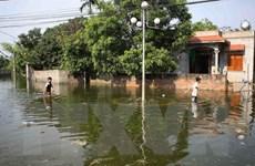 Hà Nội: Mưa tạnh 4 ngày, nhiều nơi tại Chương Mỹ vẫn chìm trong nước
