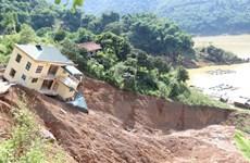 Thủ tướng Campuchia gửi Thư thăm hỏi tình hình mưa lũ ở Việt Nam
