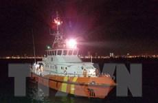 Cấp cứu kịp thời ngư dân bị nạn trên vùng biển Trường Sa