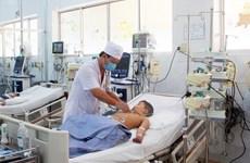 Bé trai 6 tuổi bị ngưng tim, ngưng thở vì hóc viên mọc trong bát bún