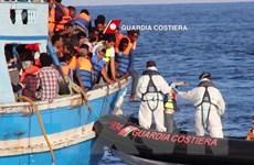 Vấn đề người di cư: Libya cứu 60 người di cư trên biển