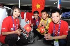 """Học sinh Việt Nam dự giải robot thế giới """"First Global Challenge"""""""