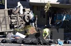 Phát hiện nửa tấn thuốc phiện trên chiếc xe buýt gặp nạn ở Ecuador