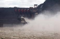 10 giờ ngày 18/8, đóng 1 cửa xả đáy hồ Thủy điện Hòa Bình